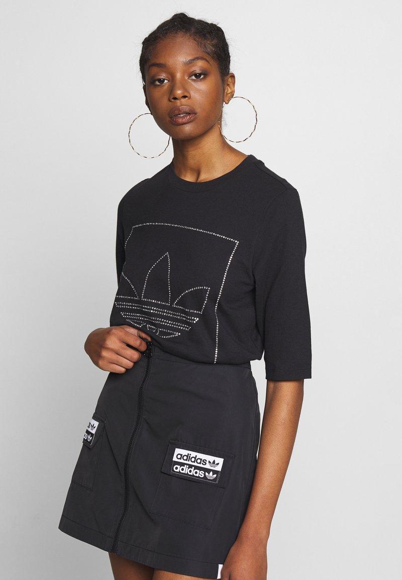 adidas Originals - FAKTEN TREFOIL SHORT SLEEVE TEE - Print T-shirt - black