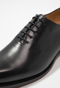 Cordwainer - ARMAND - Zapatos con cordones - orleans black - 6