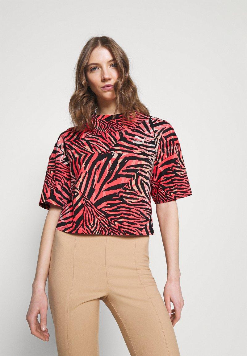 Puma - BOYFRIEND TEE - Print T-shirt - apricot blush