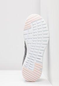 Skechers Sport - FLEX APPEAL 3.0 - Zapatillas - gray/light pink - 6