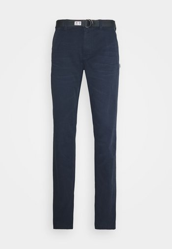 TAPERED BELTED PANT