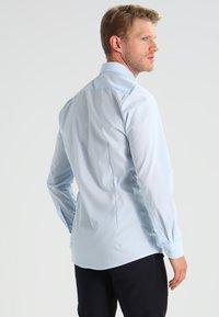OLYMP Level Five - OLYMP LEVEL 5 BODY FIT - Koszula biznesowa - bleu - 2
