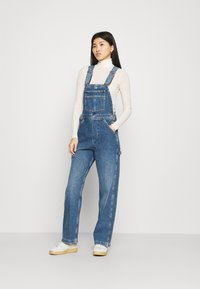 Wrangler - STRAIGHT BIB - Snekkerbukse - all star blue - 1