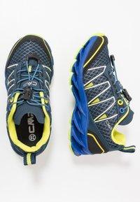 CMP - KIDS ALTAK SHOE 2.0 - Hiking shoes - cosmo/limeade - 0
