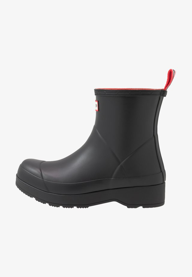 MENS INSULATED PLAY BOOT SHORT - Holínky - black