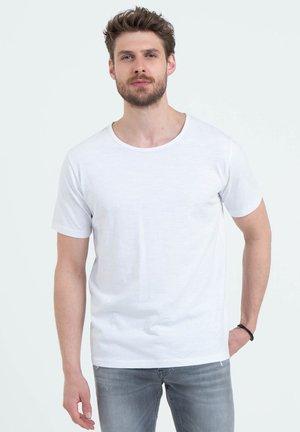 MT COOKIE - Basic T-shirt - white