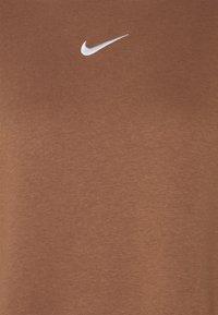 Nike Sportswear - Sweatshirt - archaeo brown/white - 2