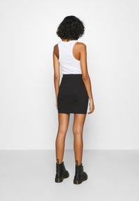 Even&Odd - 2 PACK - Minifalda - black/camel - 2