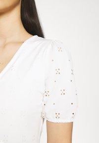 Vila - VITAMARA SHORT BRODERI DRESS - Day dress - snow white - 4