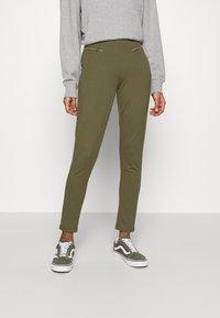 Even&Odd - ZIP PUNTO LEGGINGS - Leggings - Trousers - dark green - 0