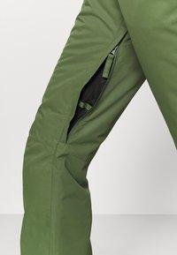 Roxy - BACKYARD - Zimní kalhoty - bronze green - 4