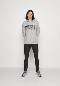 Diesel - D-AMNY-Y - Slim fit jeans - 009ID - 1