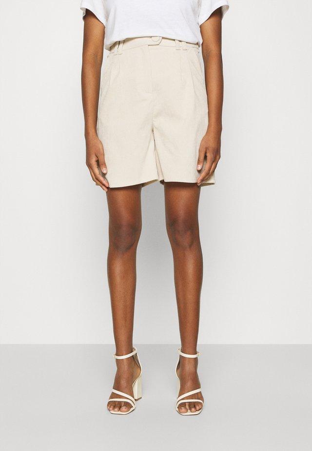 ANDERSON - Shorts - cream