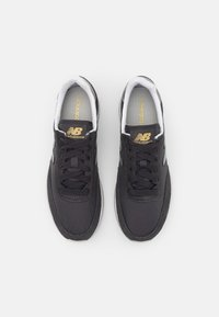 New Balance - WL720 - Baskets basses - black - 5
