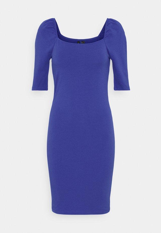 VMGLORIA SHORT DRESS - Žerzejové šaty - dazzling blue