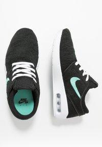Nike SB - AIR MAX JANOSKI 2 - Trainers - black/mint - 1