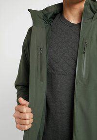 Patagonia - QUANDARY - Giacca outdoor - alder green - 5