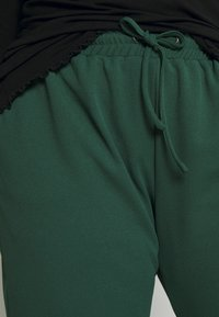 JUNAROSE - by VERO MODA - JRTEVA PANTS - Trousers - pineneedle - 4