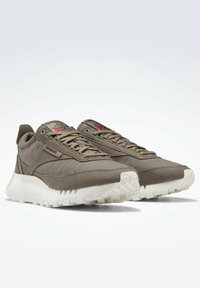 Reebok Classic - LEGACY  - Sneakers - grey - 1