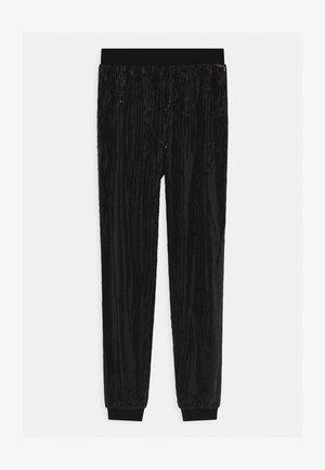 JUNIOR - Pantalones - jet black