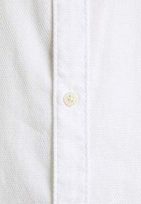 Selected Homme - SLHSLIMTEXAS - Shirt - white - 2