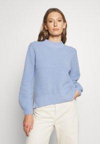 Selected Femme - SLFLESLIE O-NECK - Trui - brunnera blue - 0