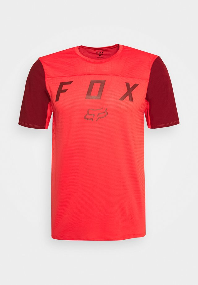 FLEXAIR MOTH - Print T-shirt - bright red