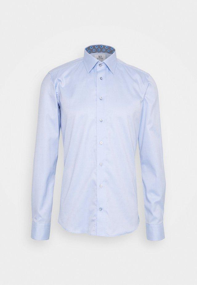 JAKE - Formální košile - blue