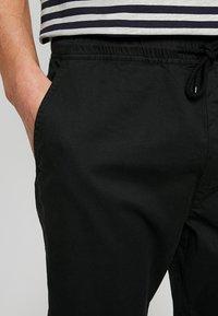 Solid - TRUC CUFF - Trousers - black - 3