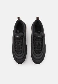 Nike Sportswear - AIR MAX 97 BG - Tenisky - black/orange - 3