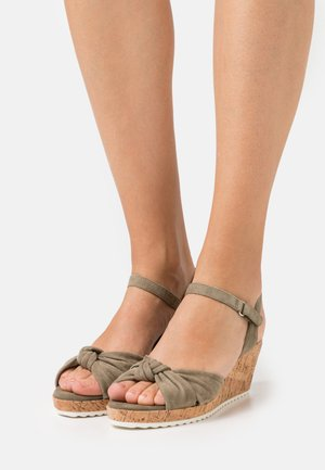 Sandalen met plateauzool - cactus