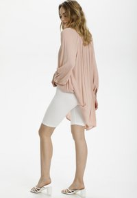Kaffe - KASELMA  - Shorts - optical white - 1