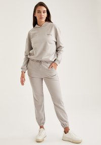 DeFacto Fit - Tracksuit bottoms - grey - 3