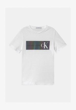 REFLECTIVE LOGO  - Print T-shirt - white