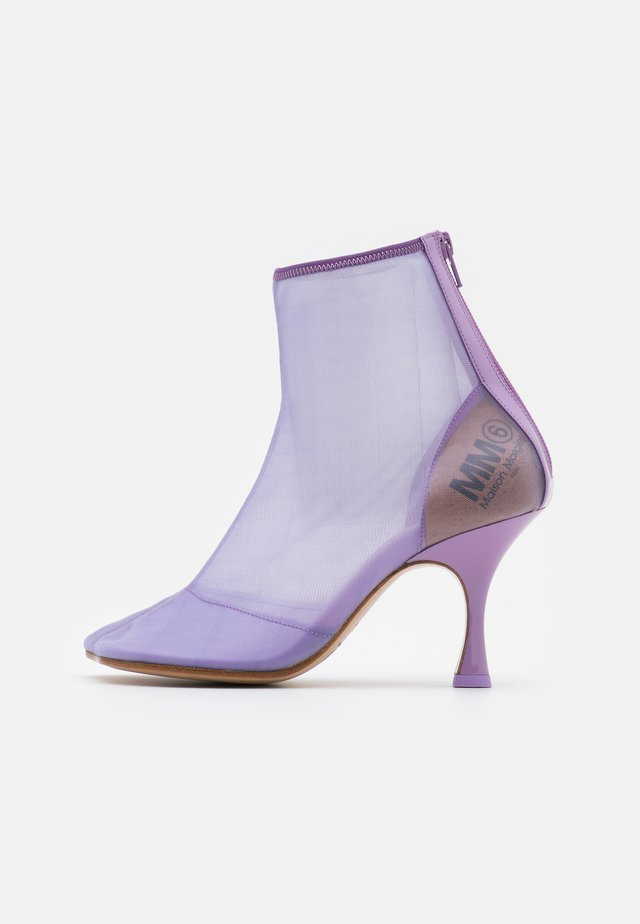 High heeled ankle boots - lavender frost