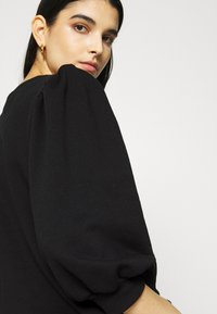 Gestuz - NANKITA - Sweatshirt - black - 5