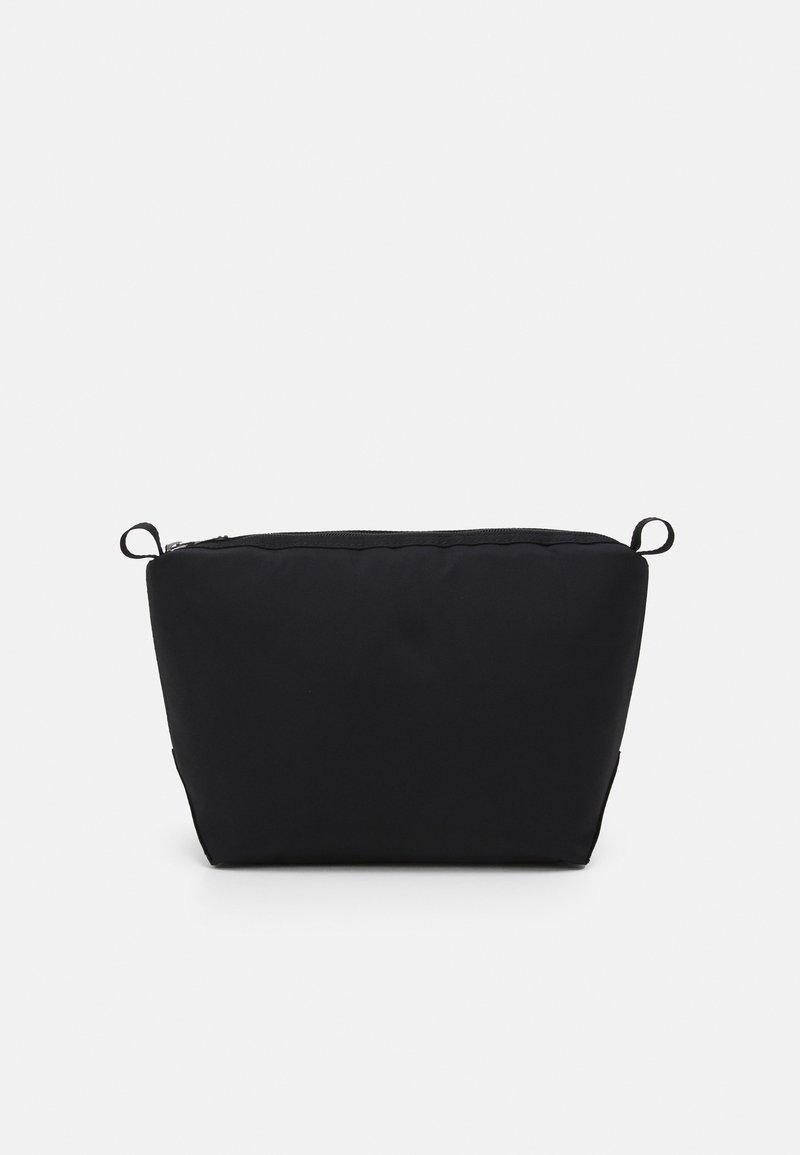 ARKET - UNISEX - Wash bag - black
