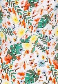 TOM TAILOR - DRESS WITH DRAPED COLLAR - Denní šaty - white - 2