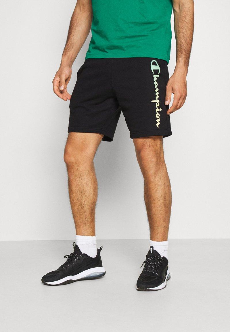 Champion - BERMUDA - Sports shorts - black