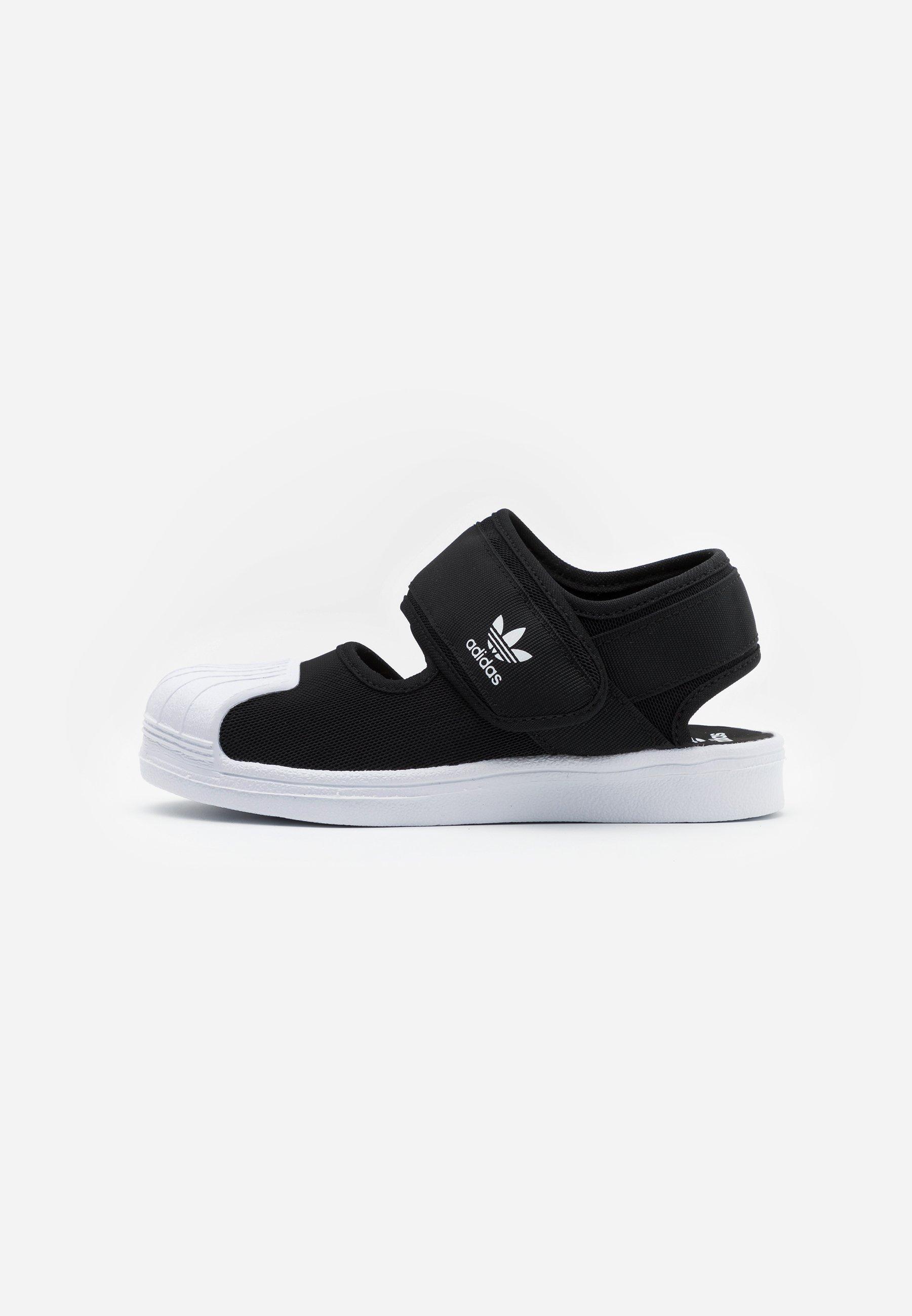 chaussures de sport adidas enfant