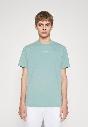 SOLID TEE UNISEX - T-shirt basic - vert amande