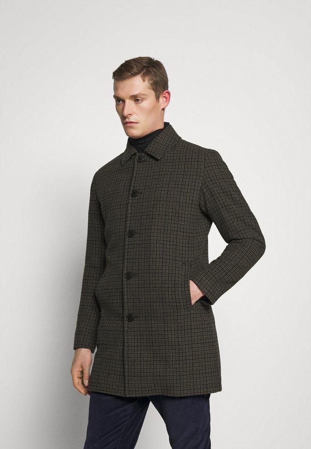 SLHJAMES COAT - Classic coat - cappuccino/blue