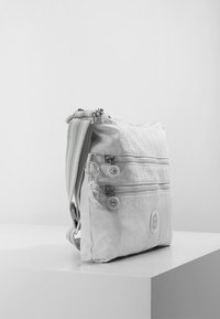 Kipling - ALVAR - Across body bag - curiosity grey - 3