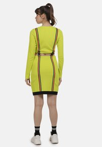myMo ATHLSR - Shift dress - neon gelb - 2