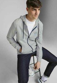 Jack & Jones - 2 PACK - Zip-up sweatshirt - navy blazer - 5