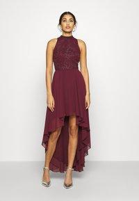 Lace & Beads - AVERY DRESS - Vestido de fiesta - burgundy - 0