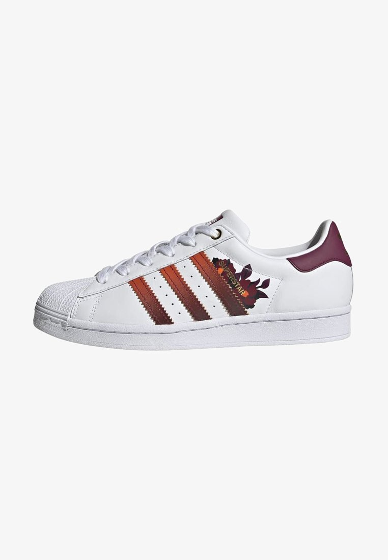 adidas Originals - SUPERSTAR SPORTS INSPIRED SHOES - Baskets basses - ftwr white/power berry/pink tint