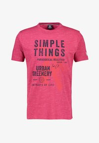 LERROS - SIMPLE THINGS - Print T-shirt - coral red - 0
