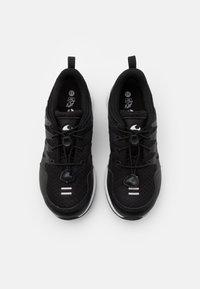 Viking - BISLETT II GTX - Sports shoes - black/charcoal - 3