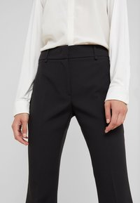 LIU JO - LUNGO - Pantalones - nero - 3